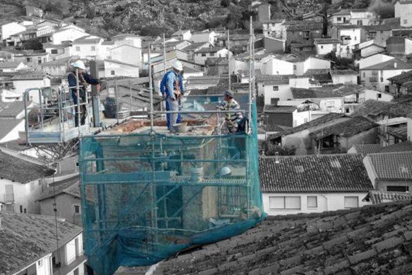 Restauración torre iglesia San Pedro. Gata.